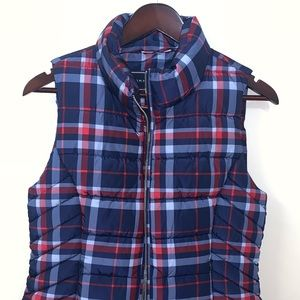 Tommy Hilfiger Women's Small plaid puffer vest